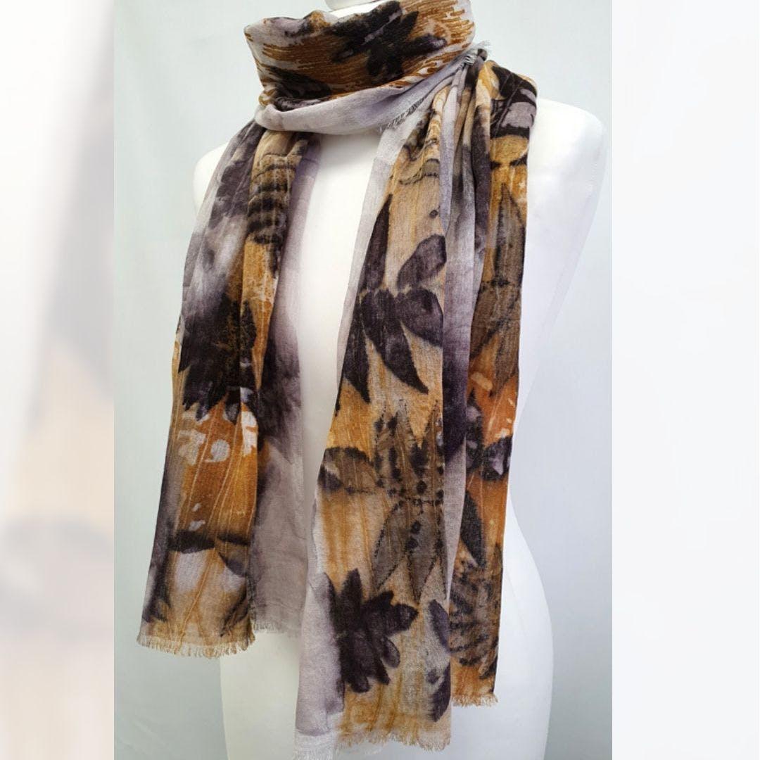 Tracy Rust scarf