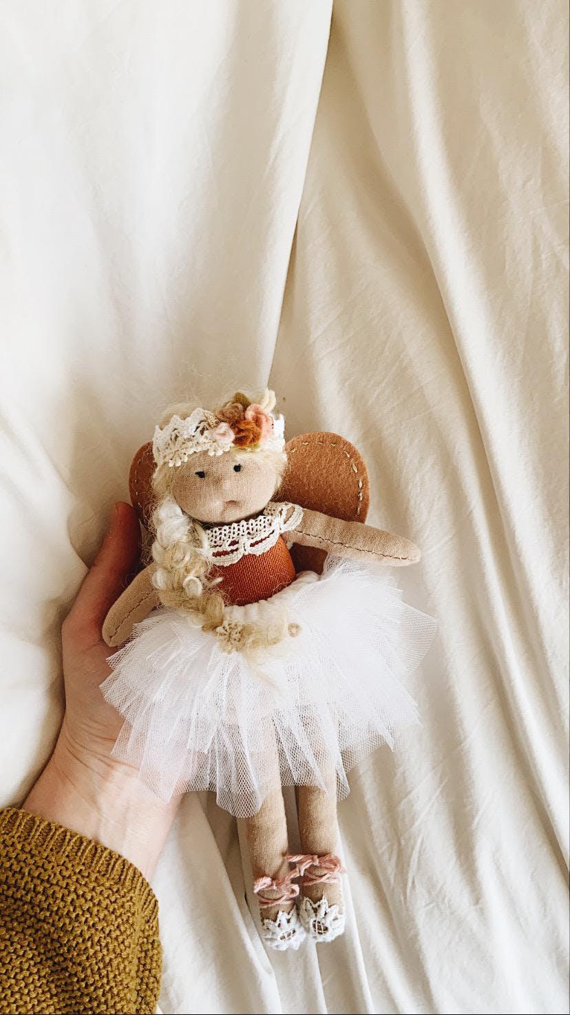 doll hand
